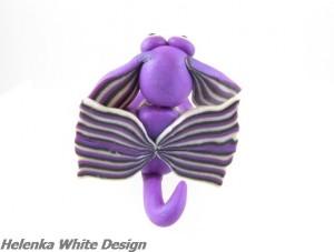 Dragon back view - copyright Helen White